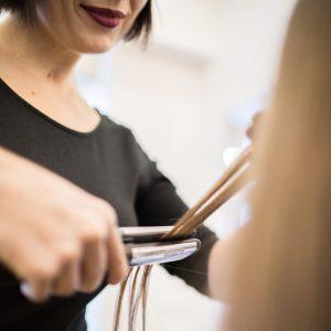 Выпрямление волос (Lissage)